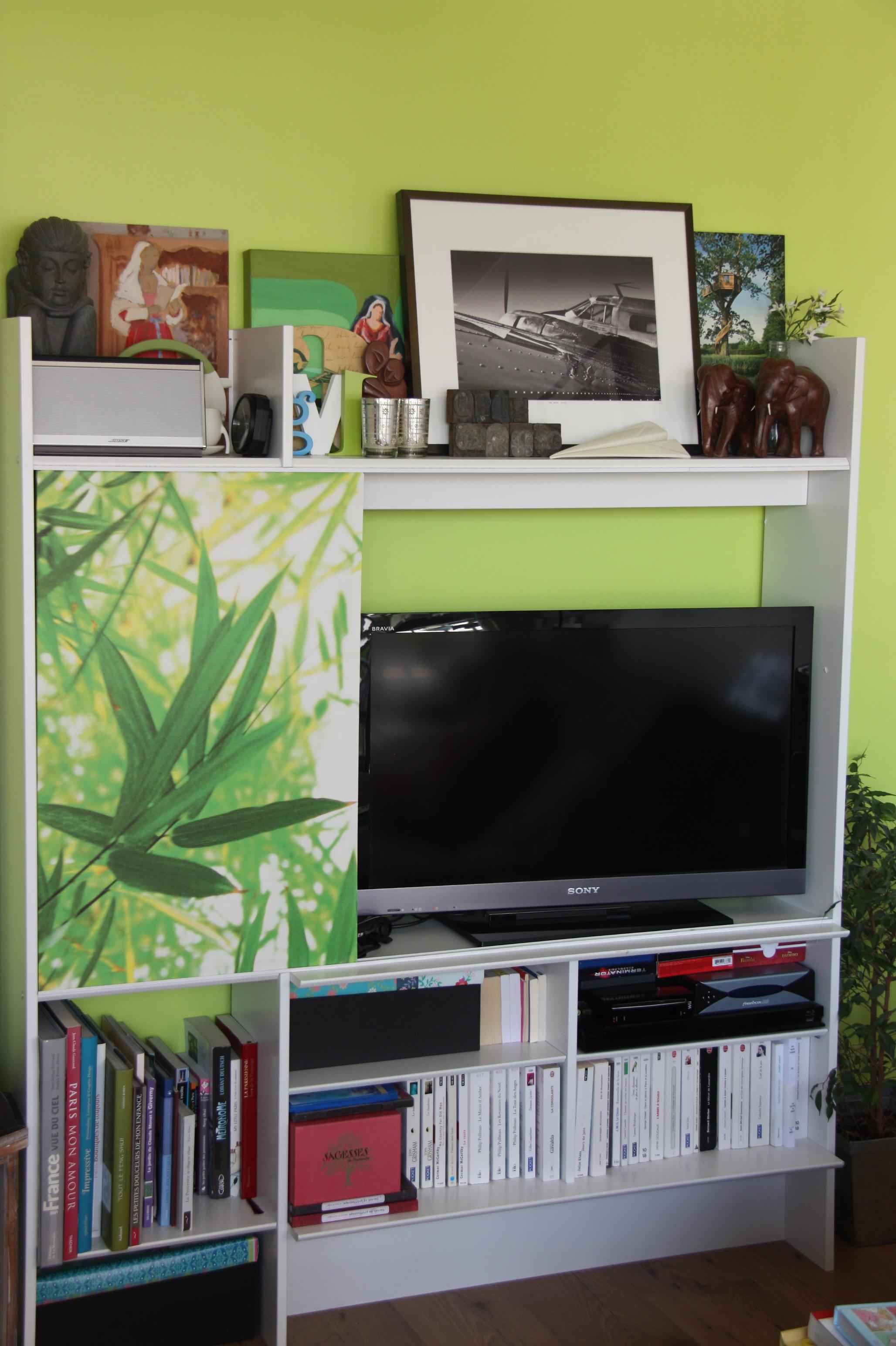 cacher la tl meuble t l avec bureau meuble pour cacher tv cacher la tl comment latest meuble. Black Bedroom Furniture Sets. Home Design Ideas
